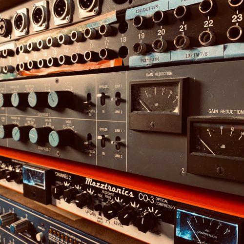 Neve 33609 Mozztronics Nova Sound
