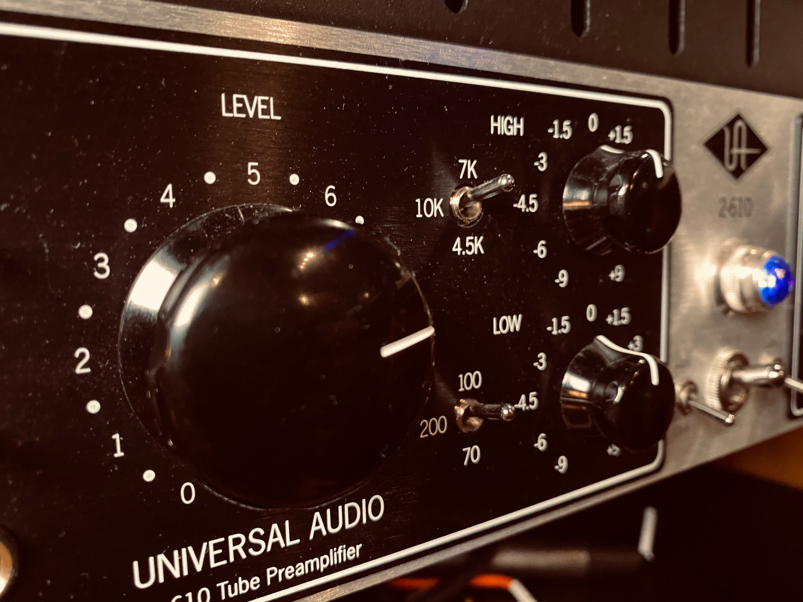 Universal Audio LA610